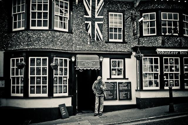 volunteer pub lyme regis