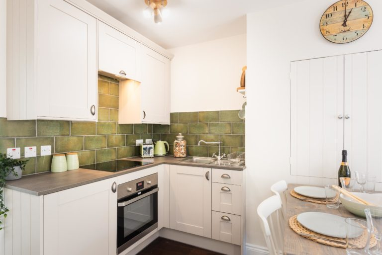 character holiday cottage kitchen in lyme regis